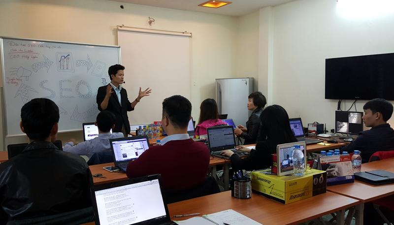 Khai giảng khóa đào tạo SEO cầm tay chỉ việc tháng 2/2016